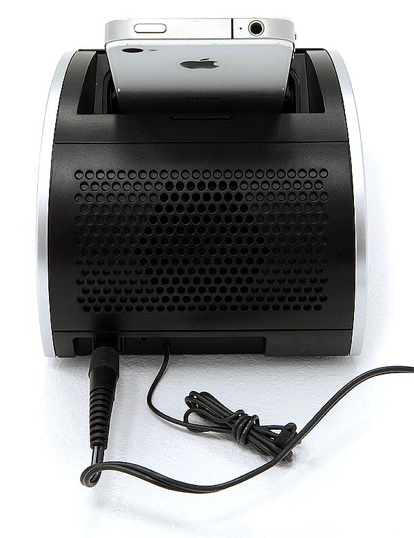 Panasonic RC-DC1: FM-приемник, часы и док-станция в одном устройстве